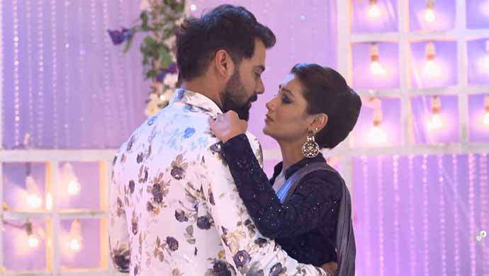 Every Couple Will Relate To These 7 Things From Abhi And Pragya's Love Story on Kumkum Bhagya