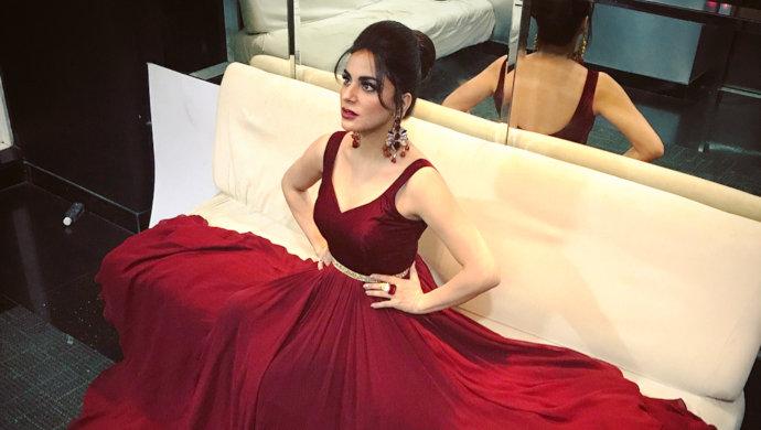Kundali Bhagya Actress Shraddha Arya Style Statement Is On Point