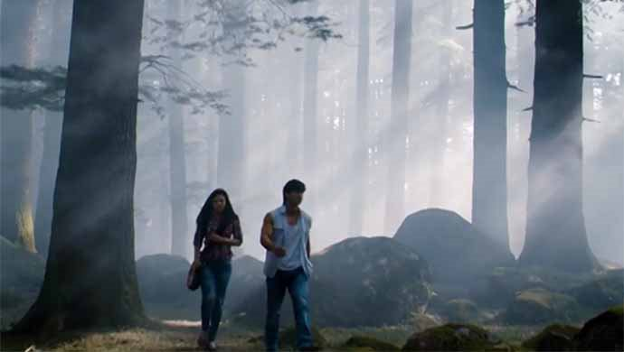 Pooja Chopra And Vidyut Jammwal In A Scene From Commando: A One Man Army