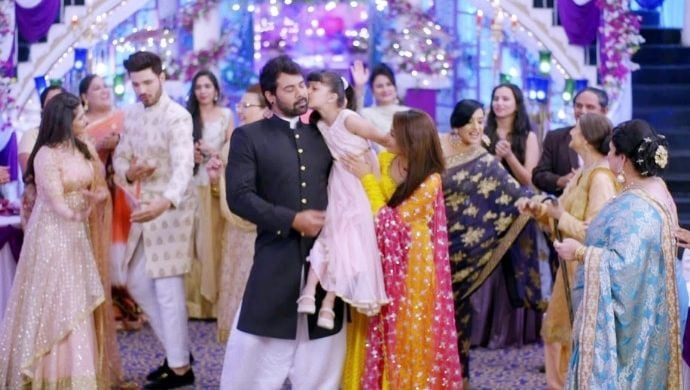 Abhi Pragya and Tanu dance at the Godhbharai function in Kumkum Bhagya