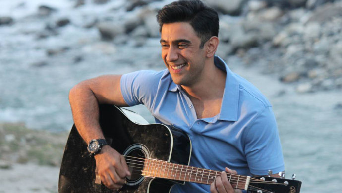 Amit Sadh Playing Guitar