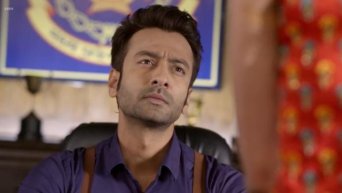 A Scene From Guddan Tumse Na Ho Payega Starring Jatin Shah As Rawat