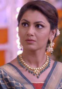 Sriti Jha as Pragya Arora from Zee TV show Kumkum Bhagya