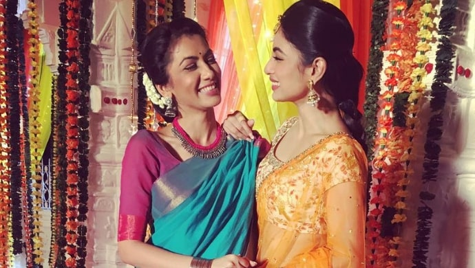kumkum bhagya's pragya sriti jha mouni roy at a wedding