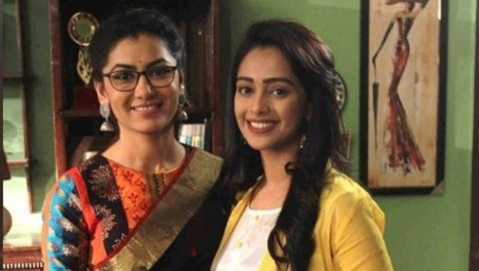 Pragya and Prachi on the sets of Kumkum Bhagya