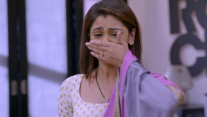 Pragya crying in a scene from Kumkum Bhagya