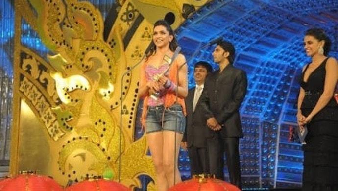 Ranveer Singh and Deepika Padukone at Zee Cine Awards 2011