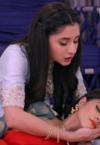 Still from Guddan Tumse Na Ho Payega with Durga