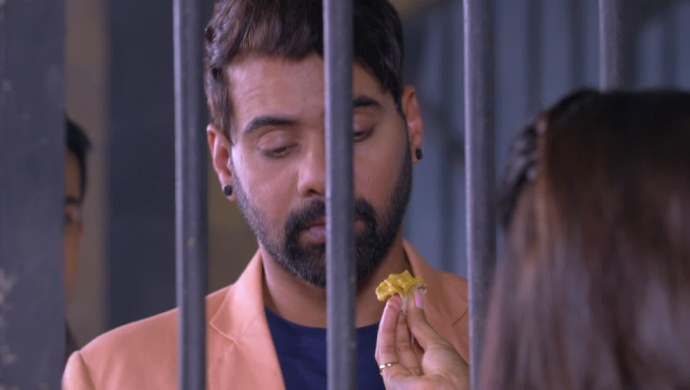 Still from Kumkum Bhagya mahaepisode with Abhi