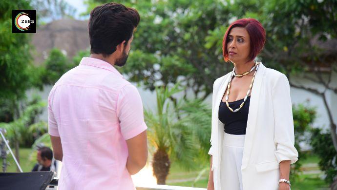 Achint Kaur as DD Patel in a still from Jamai Raja 2.0 show