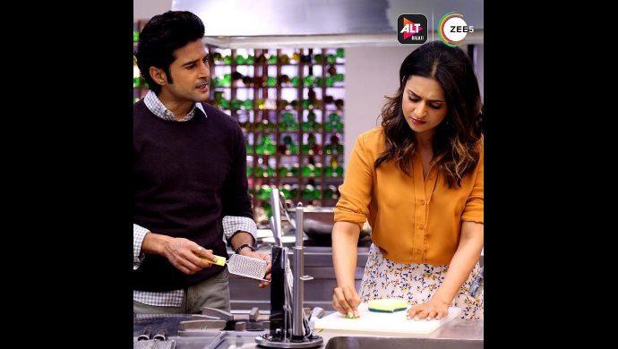Divyanka and Rajeev in Coldd Lassi aur Chicken Masala still