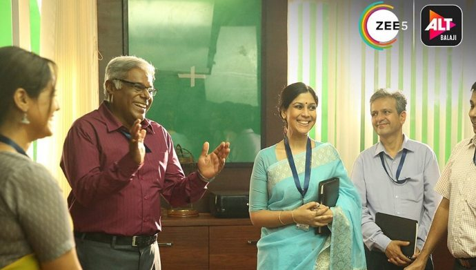 Mohan Joshi and Sakshi Tanwar in M-O-M Mission Over Mars