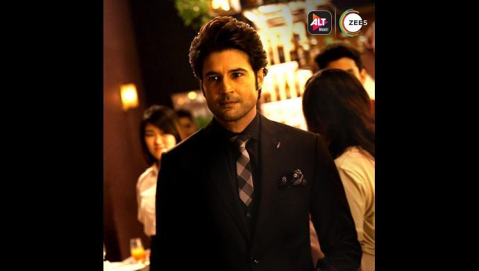 Rajeev as Chef Vikram in Coldd Lassi aur Chicken Masala