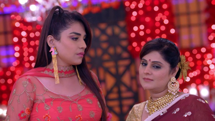 Still from Kundali Bhagya with Srishti