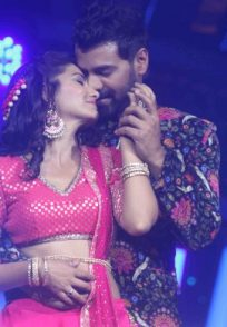 Shabir Ahluwalia and Sriti Jha's dance performance