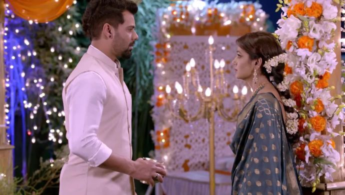 Abhi and Pragya in a Karwa Chauth sequence