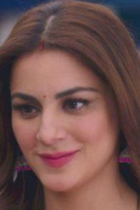 Shraddha Arya as Preeta Karan Luthra from Kundali Bhagya