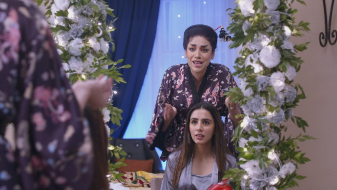 Still from Kundali Bhagya with Srishti and Mahira