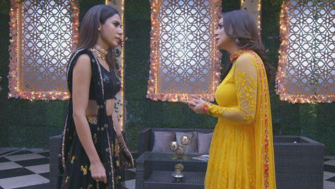 Preeta and Mahira in a Kundali Bhagya still