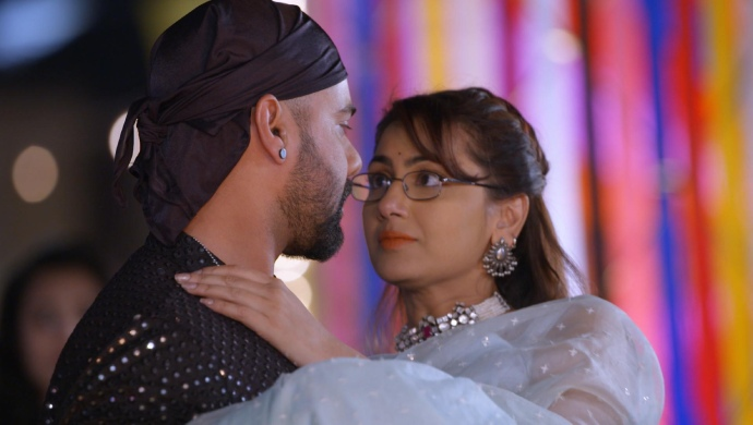 Still from Kumkum Bhagya with Abhi and Pragya