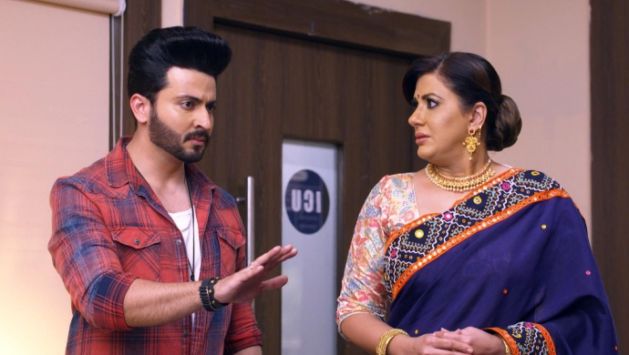 Still from Kundali Bhagya with Karan and Rakhi