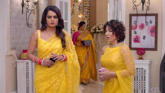 Still from Kundali Bhagya with Sherlyn and Ramona