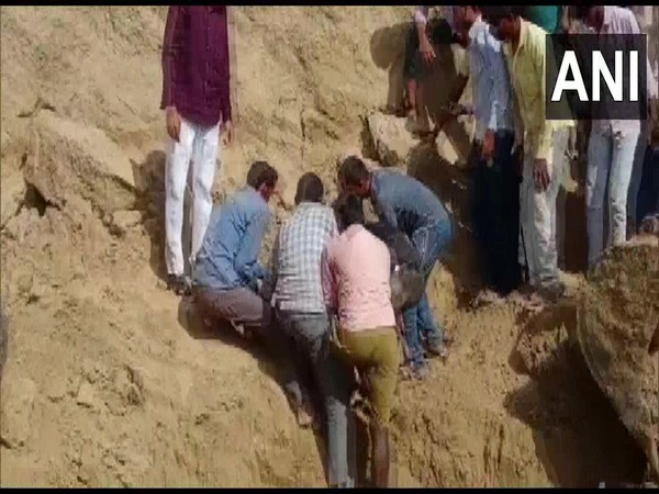 7 rescued after mud mound collapses in Kanpur