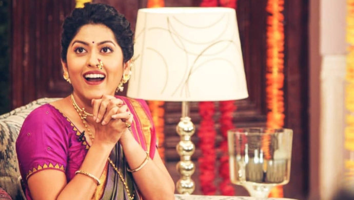 Abhidnya Bhave caught candidly on the sets of the show.