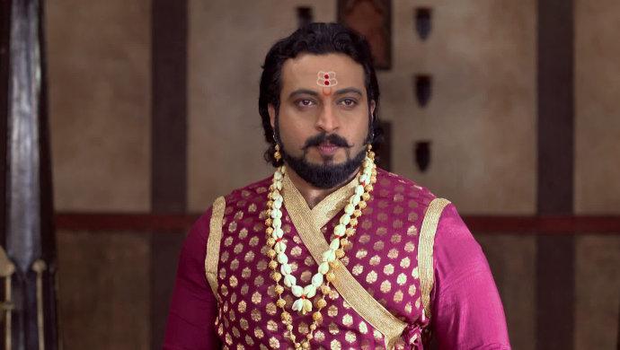 Amol Kolhe as Sambhaji in a scene from Swarajyarakshak Sambhaji.
