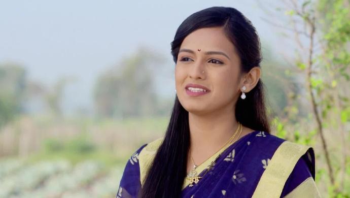 Lagira Zhala Jee actress Shivani Baokar in a still from the show.
