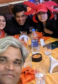 Tula Pahate Re show team