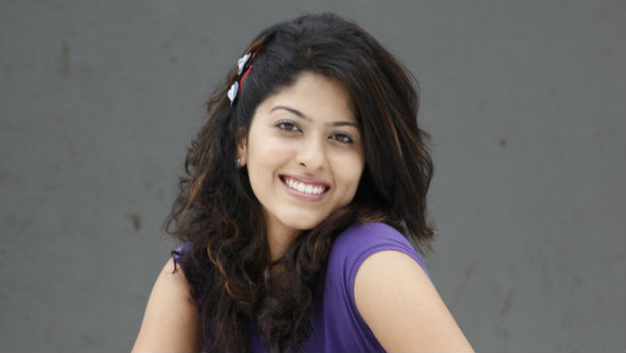 Profile Pic Of Tula Pahate Re Actress Abhidnya Bhave
