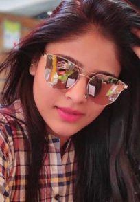 Profile Picture Of Tuzhat Jeev Rangala Actress Akshaya Deodhar Aka Anjali Pathak