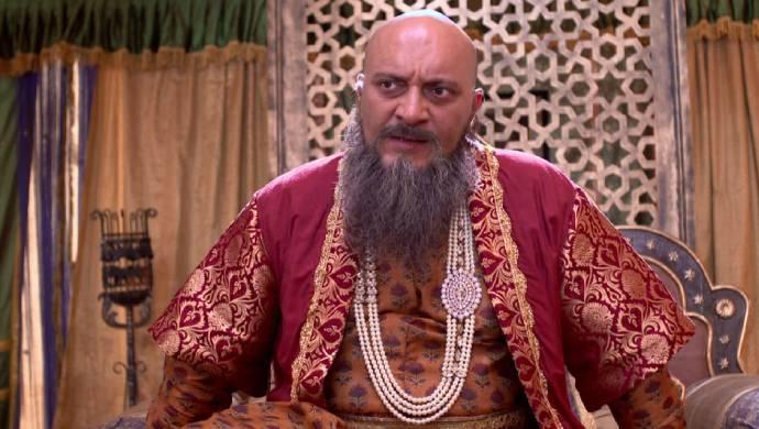 Aurangzeb in a scene from Swarajyarakshak Sambhaji