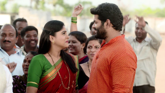 A Still Of Anjali And Rana From Tuzhat Jeev RangalaS