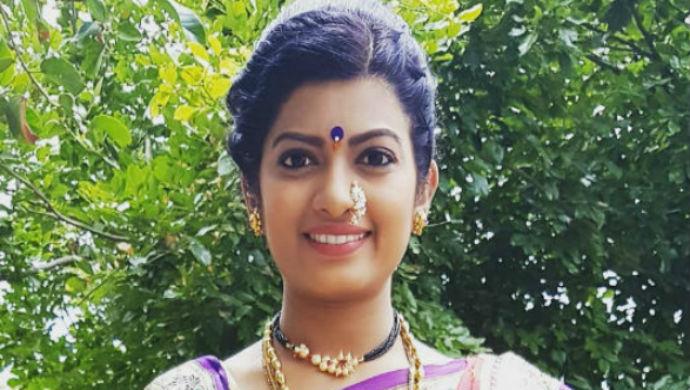 Still Of Tuzhat Jeev Rangala Actress Dhanashri Kadgaonkar