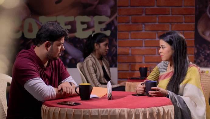 Scene from Mazhya Navryachi Bayko.
