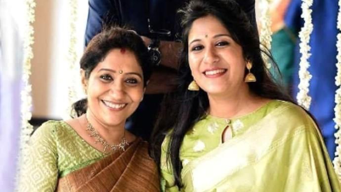 Sujatha and Shwetha Mohan