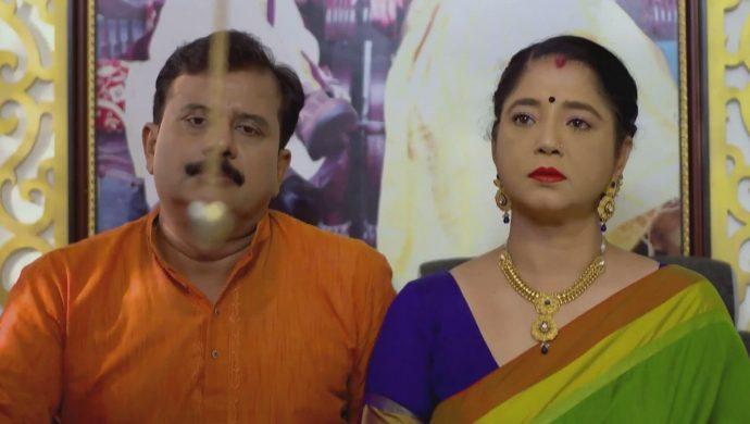Akhila shocked