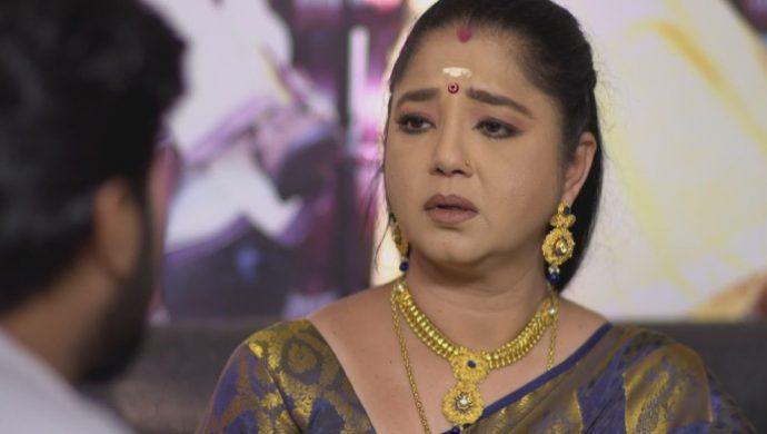Akhila apologises to aravind