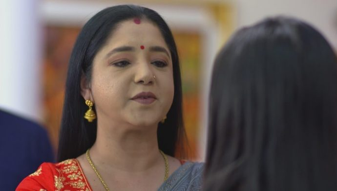 Akhila motivates Ganga