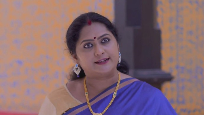 Sharmilla reveals that she killed Abhimanyu's parents