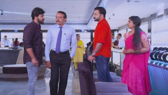 Anand and Kalyani meets Sudhi