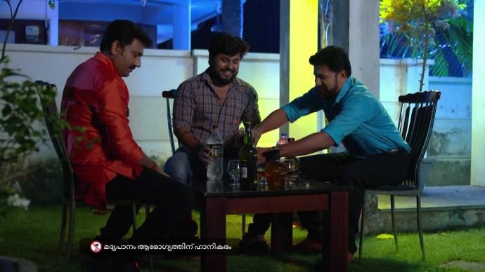 Aravind gets Ganga's father drunk
