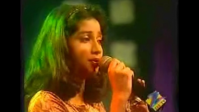 Young Shreya Ghoshal as contestant in Sa Re Ga Ma Pa in 2000