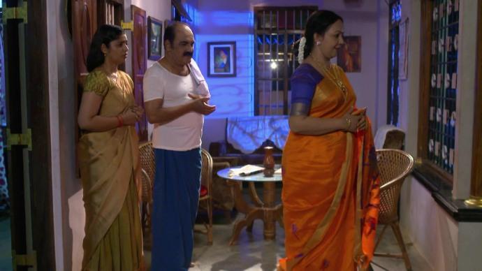 Akhila apologises to Das (Source:ZEE5)