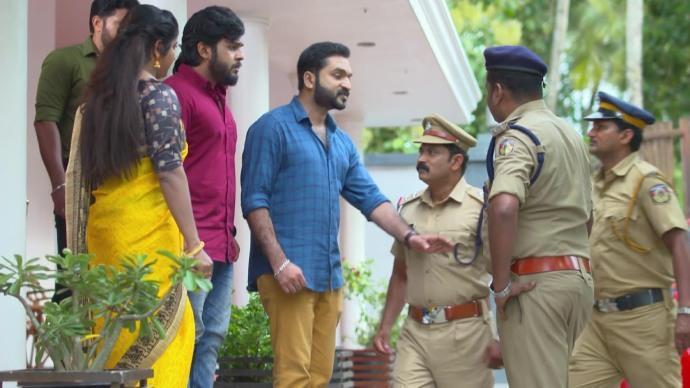 Rajashekaran arrests Aravind (source:ZEE5)