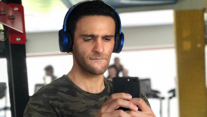 Karan Suchak WIth His Headphones