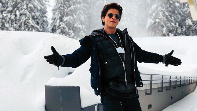 Shah-Rukh-Khans-signature-pose