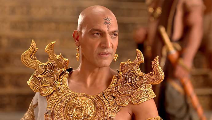 The bald look of manish wadhwa as kans